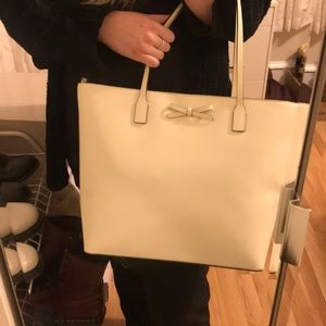 kate spade Bags - Kate Spade New York tote